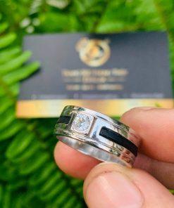 Nhẫn vàng nam mặt đá vuông Cz tròn luồng 2 lông voi hợp phong thủy mệnh KIM - THỦY