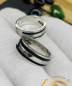 Cặp nhẫn vàng trắng 18K làm tay 2 sợi lông (lông FAKE) may mắn