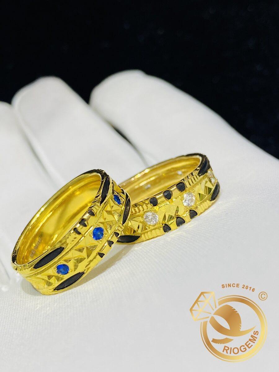 Cặp nhẫn đính đá Cz xanh dương – trắng luồng 2 sợi Lông FAKE hàng loại tốt