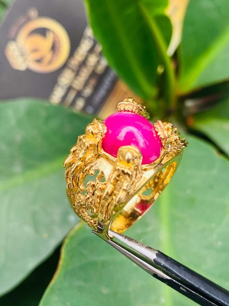 Nhẫn Lục Long vàng Mini chầu ngọc Ruby – Đeo ngón út may mắn