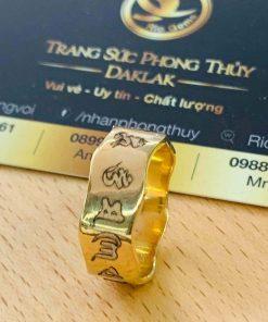 nhẫn Oh Mani Tahi khắc bảo vệ chủ nhân