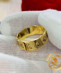 nhẫn Oh Mani Tahi khắc được thiết kế tại RIOGEMs