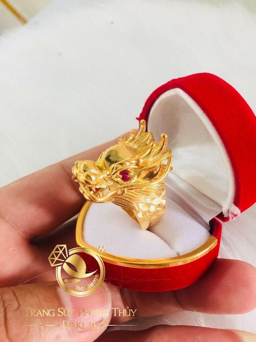 Nhẫn Đầu Rồng 3D – 7 chỉ vàng Tây 18K giá tốt