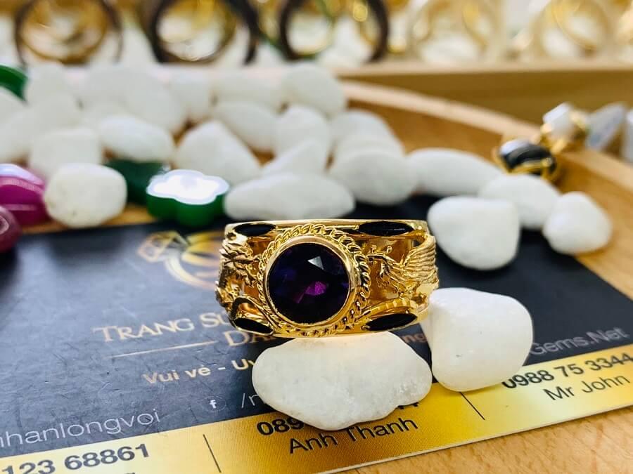 Nhẫn Rồng Phụng vàng 18K chầu ngọc Thạch Anh Tím hàng đẹp