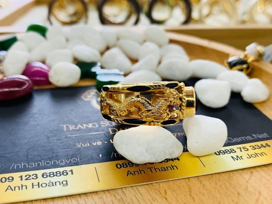 Nhẫn Rồng Phụng vàng 18K chầu ngọc Thạch Anh Tím giá tốt