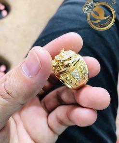 Nhẫn Đầu Rồng đính đá Mini được gia công chắc chắn