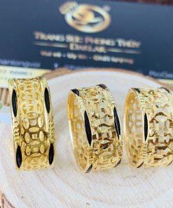 nhẫn Kim Tiền Múc Bén vàng bắt mắt