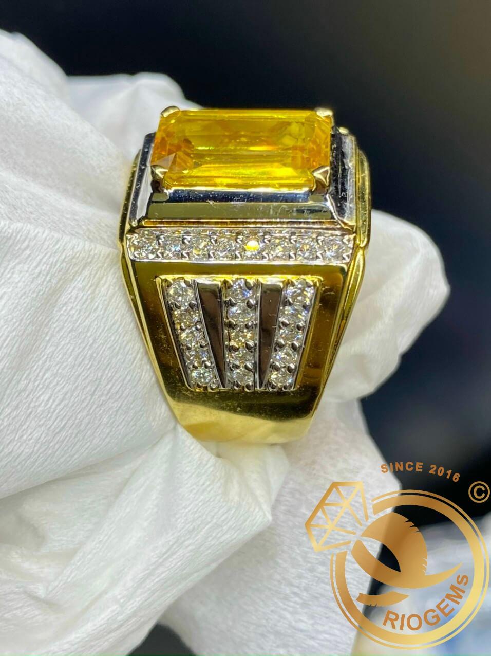 Nhẫn nam vàng đính Citrine sang trọng