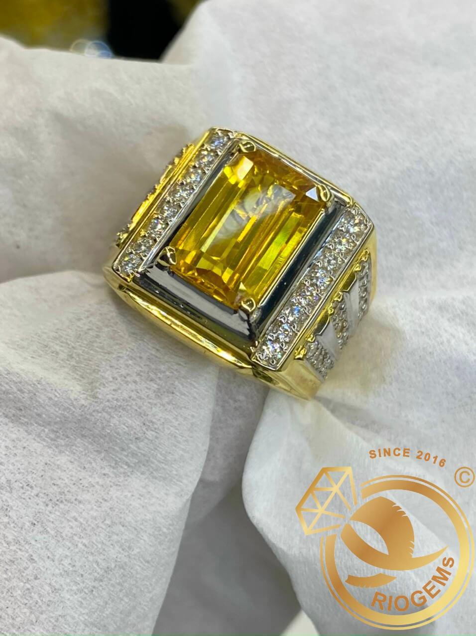 Nhẫn nam vàng đính Citrine vuông phong thủy