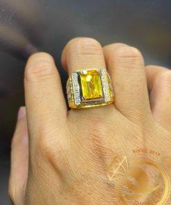 Nhẫn nam vàng đính Citrine vuông phong thủy hợp mệnh
