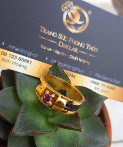 Nhẫn nam vàng đính đá tím đơn giản