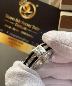 Nhẫn nam vàng trắng làm tay