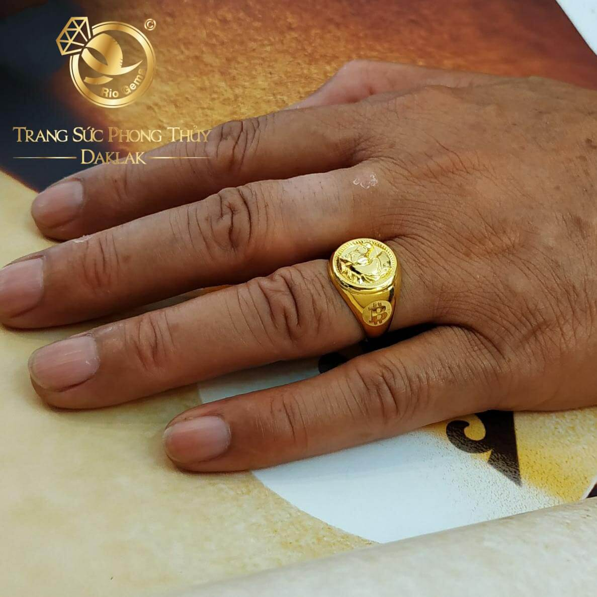 Nhẫn BITCOIN Vàng mang lại may mắn