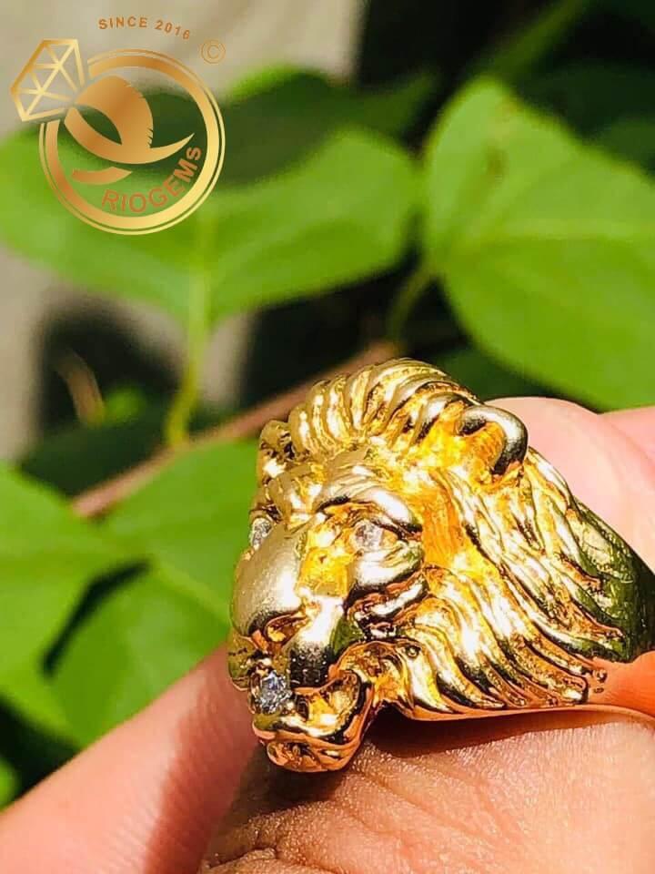 Nhẫn đầu Sư Tử đính kim cương