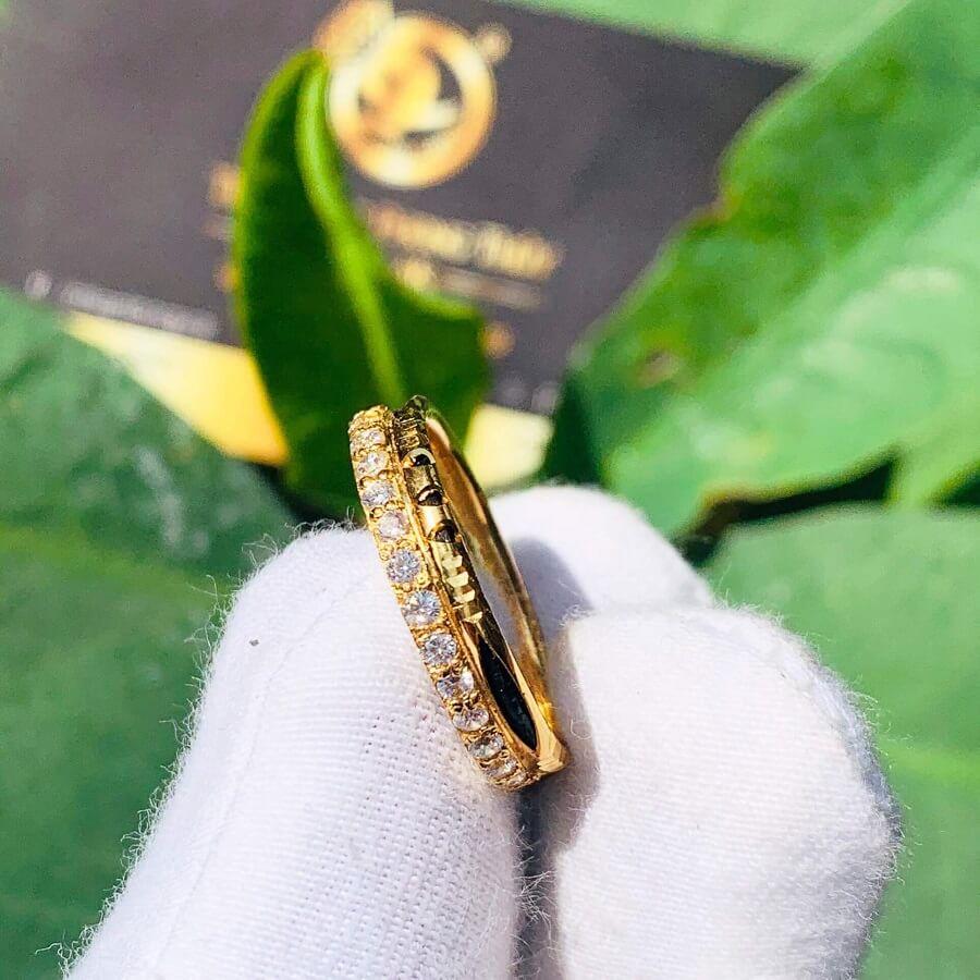Nhẫn vàng 18k nữ dễ thương chạy 1 hàng đá tấm Cz 2021 (Lông FAKE) đính đá đẹp