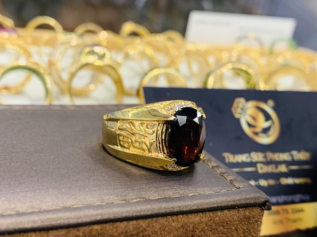 Nhẫn nam chữ LỘC vàng mang lại may mắn