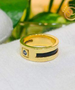 Nhẫn nam vàng 18K chậu vuông đính Cz tròn xanh lơ luồng sợi lông voi DakLak cực sang trọng và quý phái