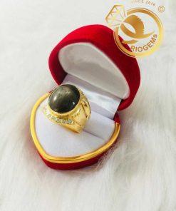 Nhẫn nam vàng 18K đính Sapphire tròn 12mm RIOGEMs thời thượng