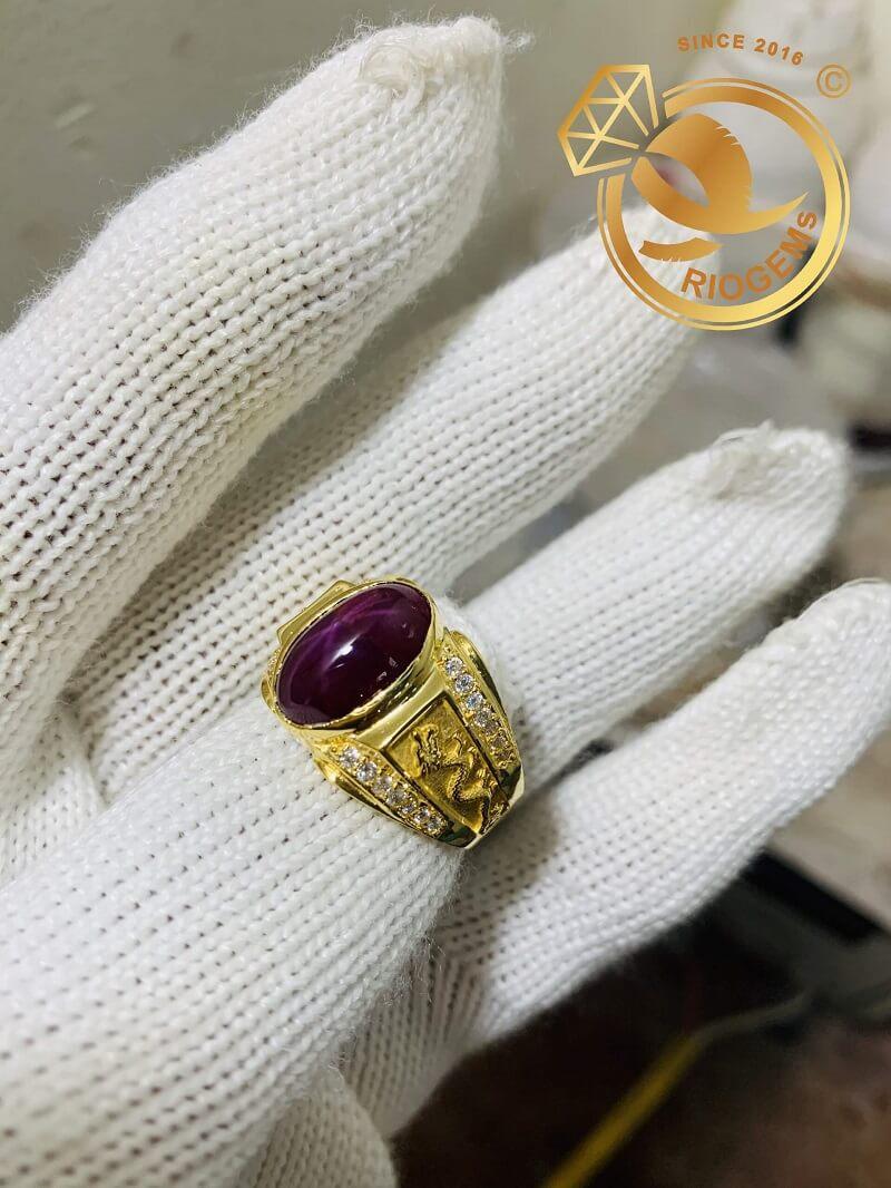 Nhẫn nam vàng 18K hình Rồng đính Ruby Sao độc đáo