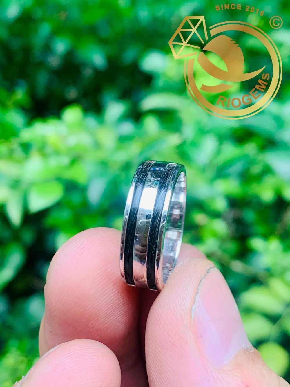Nhẫn nữ vàng trắng luồng 2 Lông - Bảng 6li (lông FAKE) đơn giản
