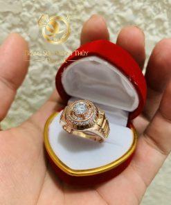 Nhẫn Rolex vàng Hồng được gia công cẩn thận
