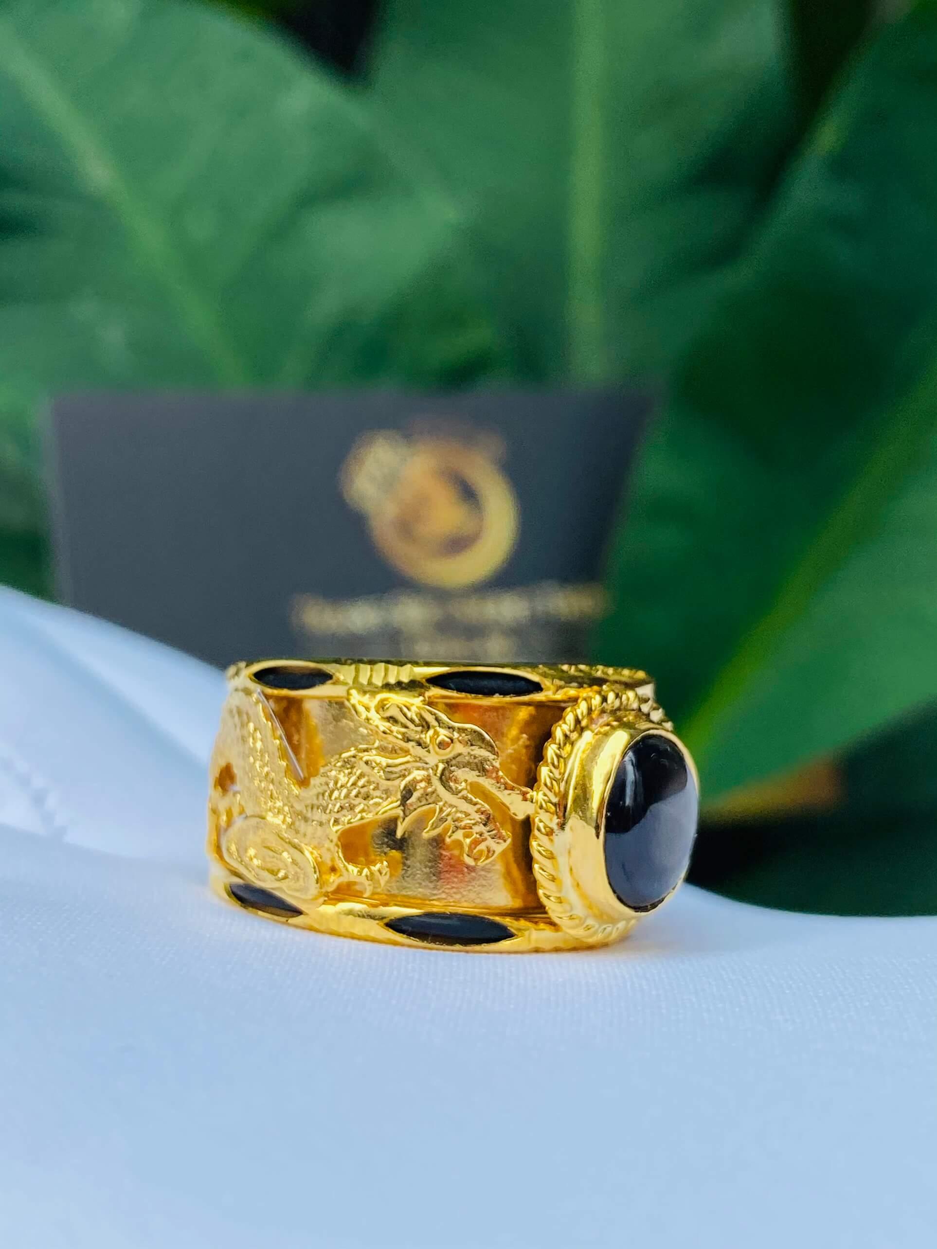 Nhẫn Rồng Phụng tranh ngọc Sapphire phong thủy
