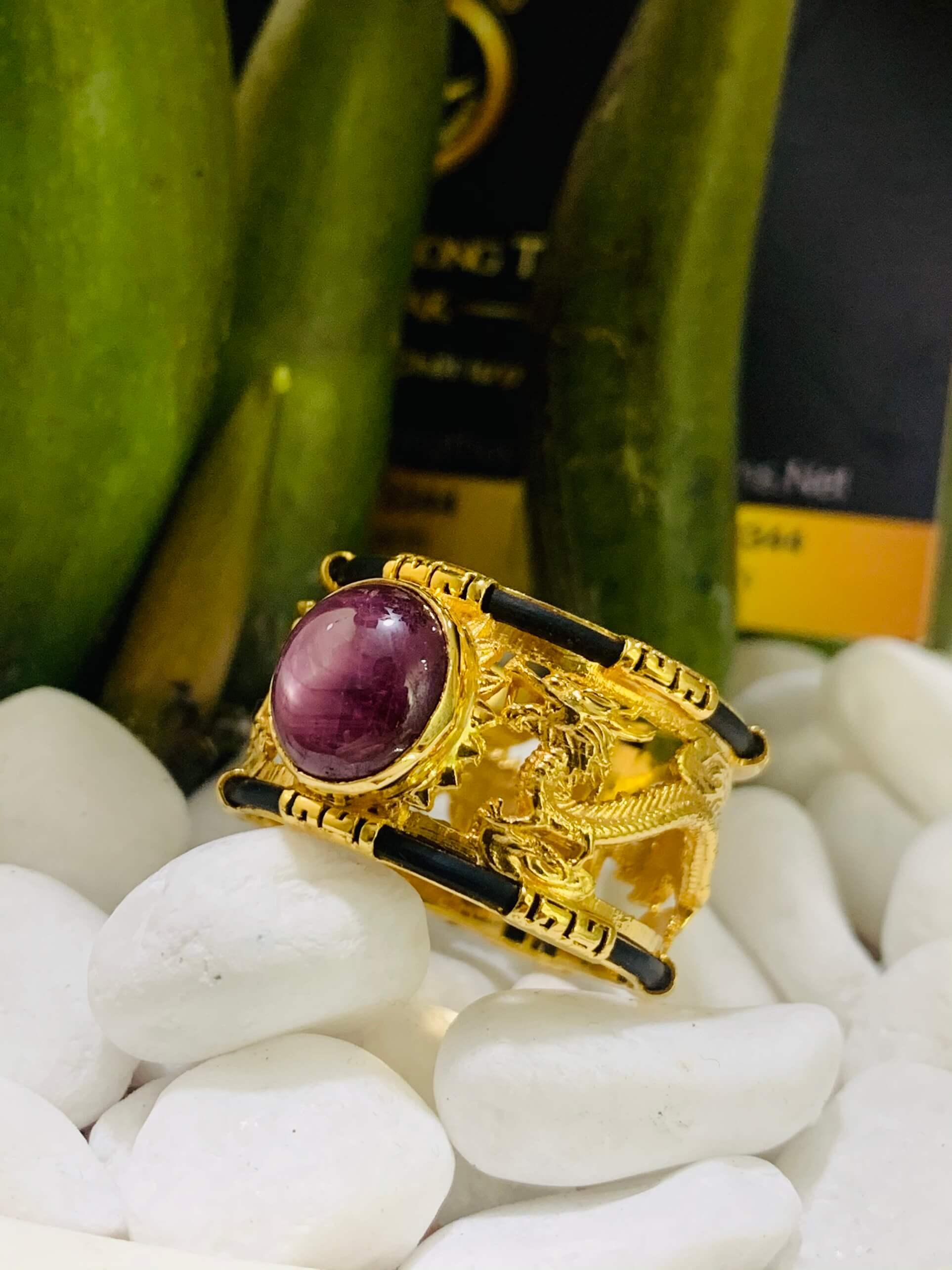 Nhẫn Rồng Rồng Ruby sao 2 viền vàng 18K đúc luồng lông FAKE bắt mắt ánh nhìn
