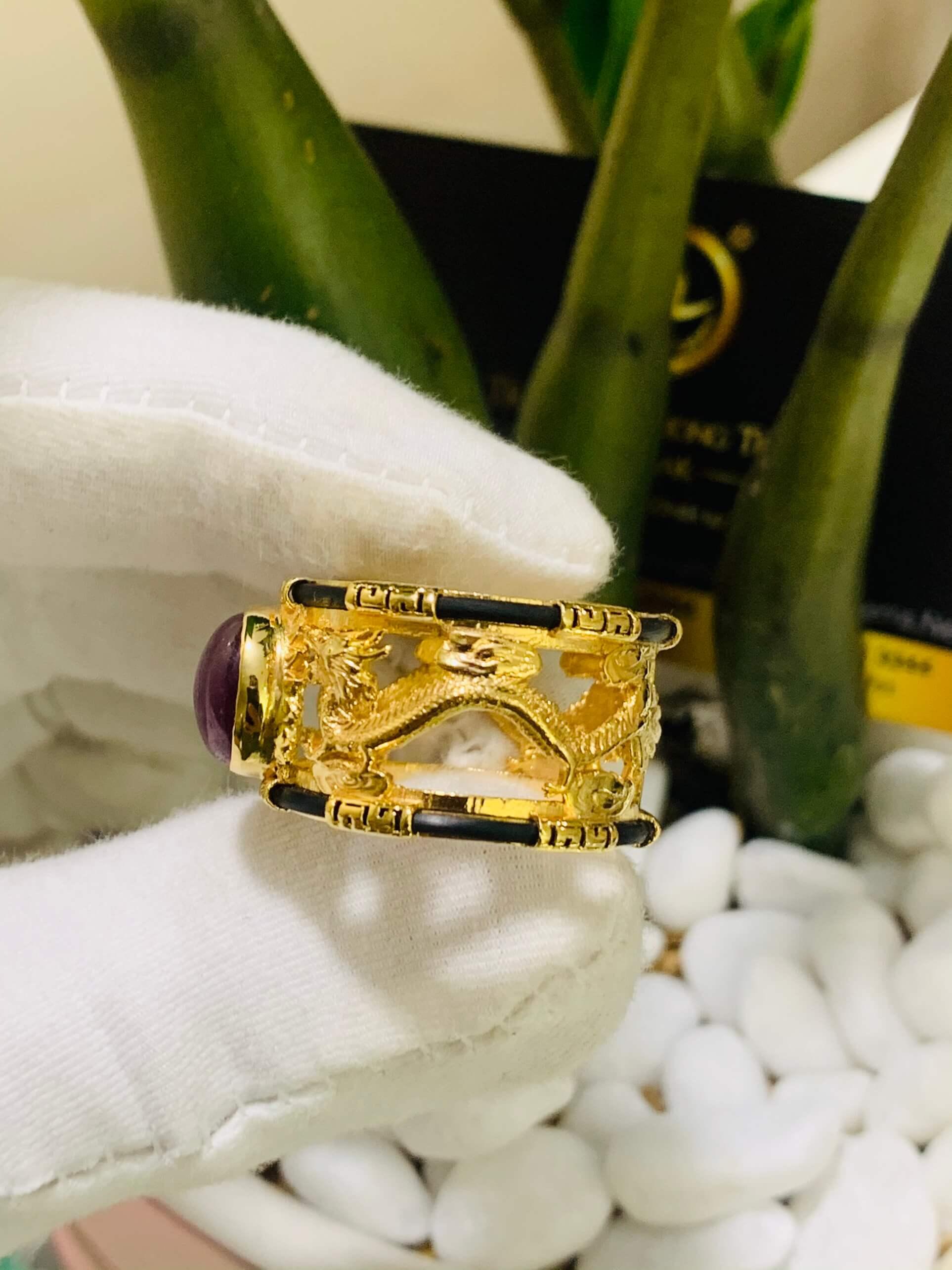 Nhẫn Rồng Rồng Ruby sao 2 viền vàng 18K đúc luồng lông FAKE chất lượng tại RIOGEMs