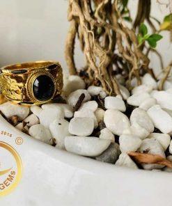 nhan song long vang tay 18k chau ngoc sapphire den phong thuy optimized