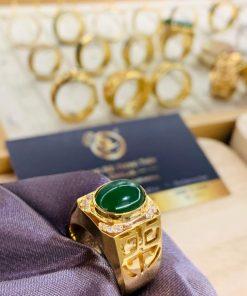 Nhẫn vàng chữ Lộc đính đá