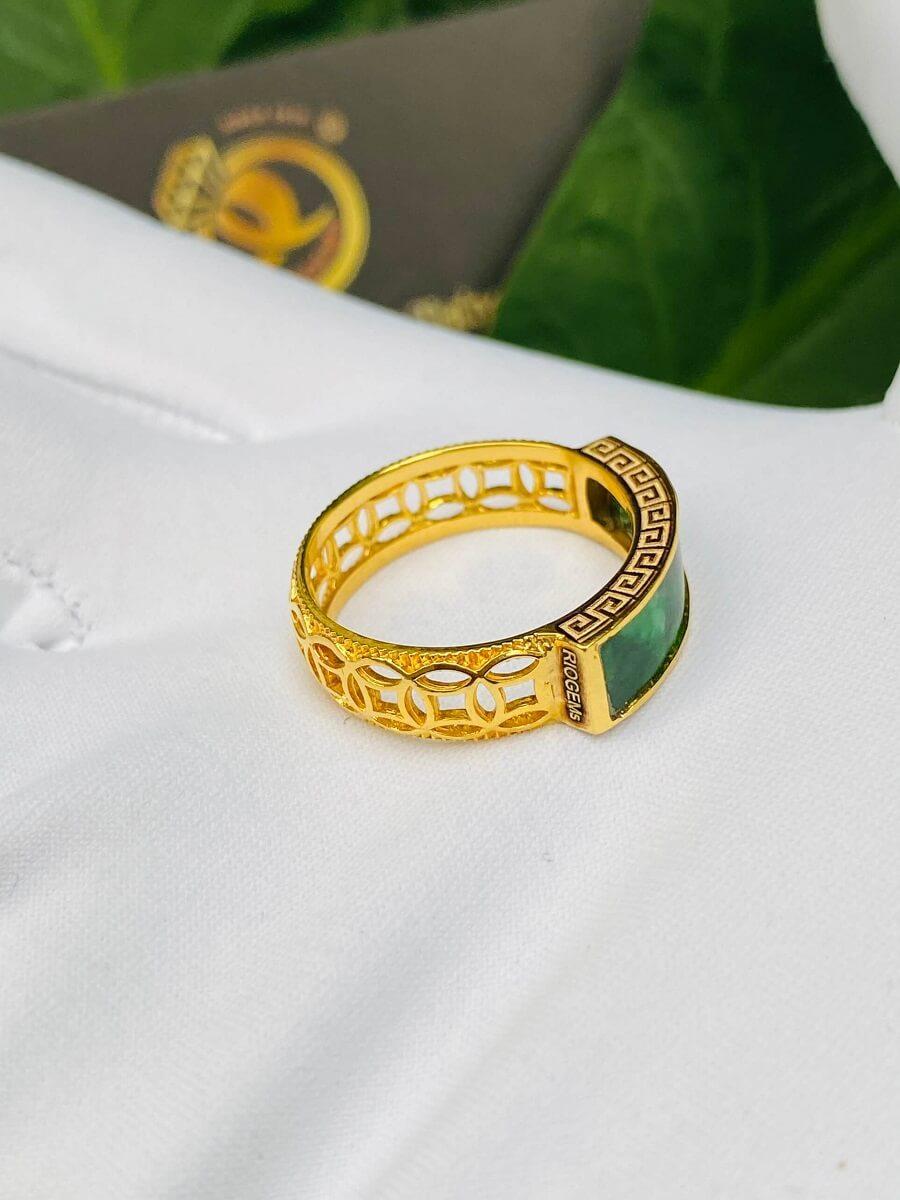 Nhẫn yên ngựa NAM NỮ hoa văn VÀNG 18K Ngọc cẩm thạch Jadeite chất