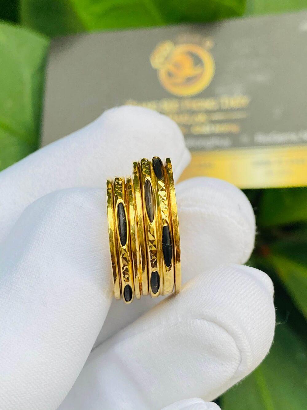 Cặp nhẫn Lông xoay luồng 1 – 2 sợi Lông FAKE thu hút
