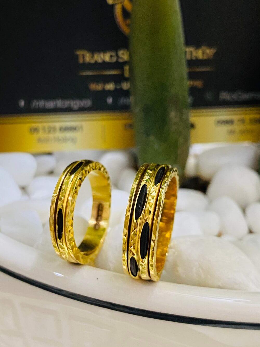 Cặp nhẫn Lông xoay luồng 1 – 2 sợi Lông FAKE đẹp