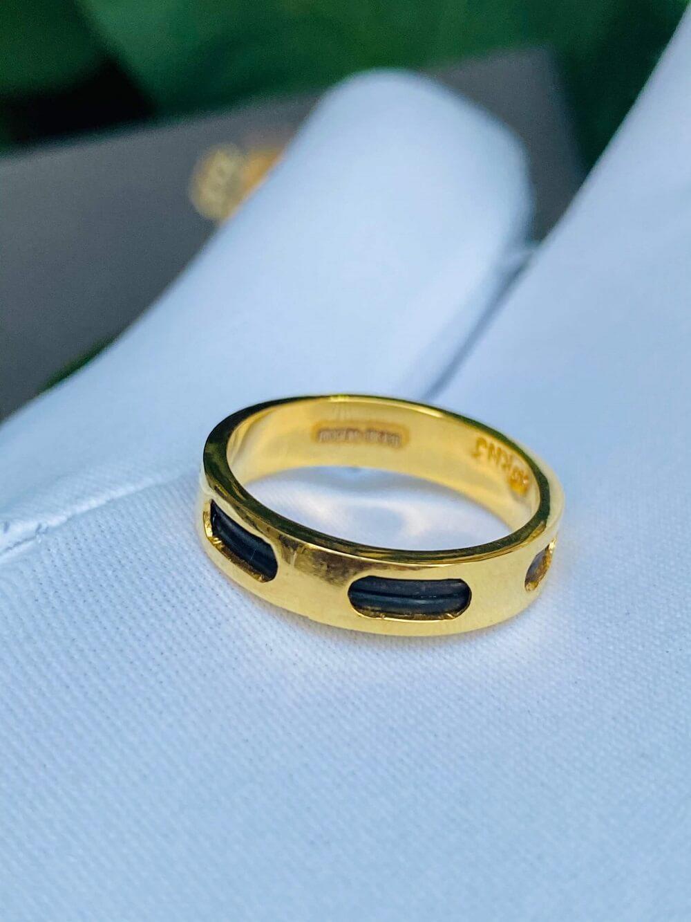 Nhẫn Vuông luồng 2 sợi lông 6 rãnh vàng 18K – Bảng 5li (lông FAKE) giá trị