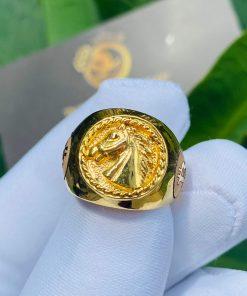 Nhẫn ngựa vàng 3D khắc 2 BITCOIN mua ở đâu