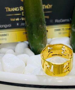 Nhẫn Vàng Thần Chú Om Mani Padme Hum phong thủy