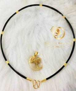 Vòng cổ lông voi phong thủy của nữ bọc vàng