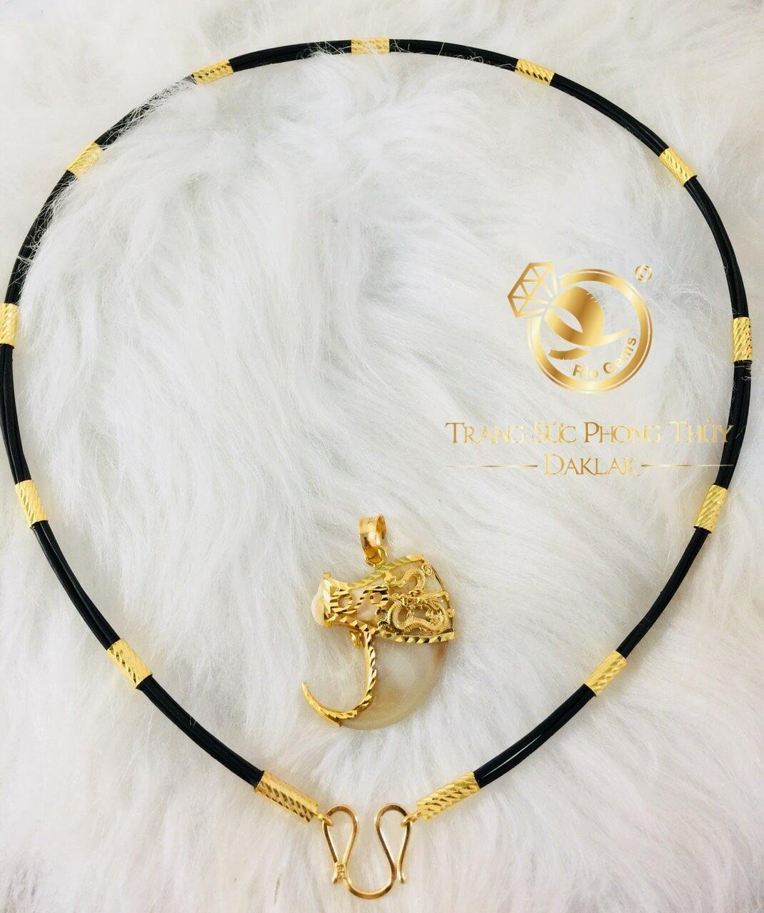 Vòng cổ lông voi phong thủy của nữ