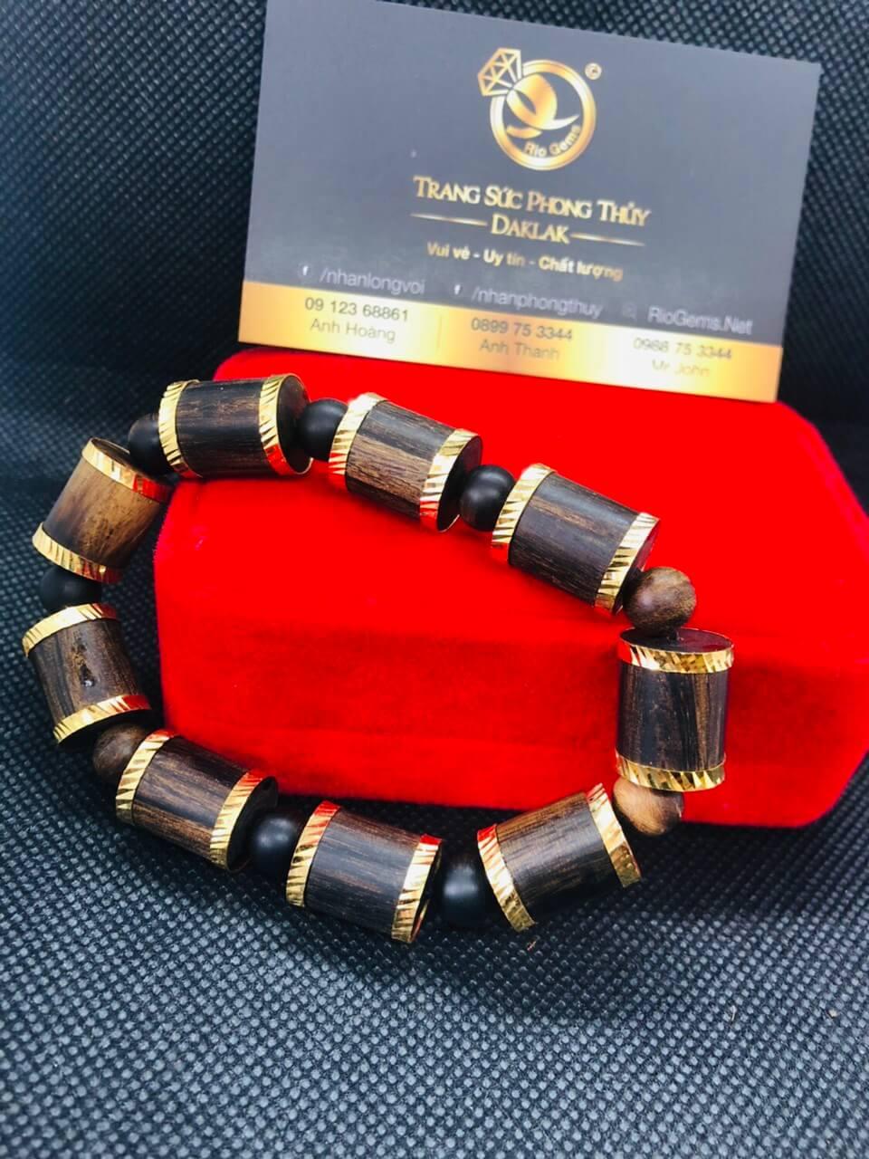 Vòng tay trầm hương khúc trúc mix vàng gia công tinh xảo và chất lượng