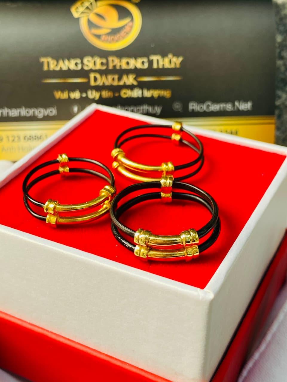 Nhan doi long voi Dan toc boc vang 3
