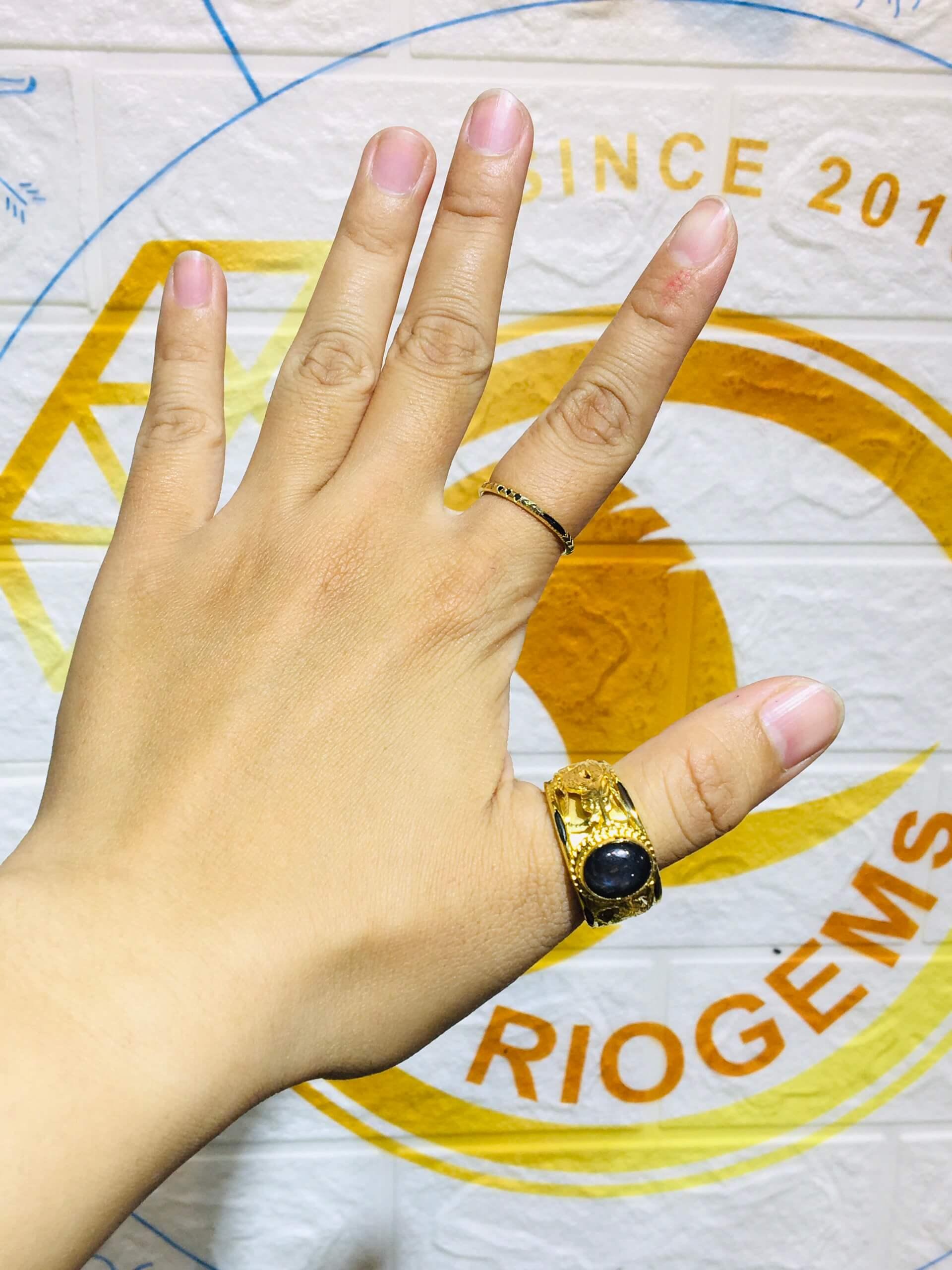 Nhan-vang-Rong-Rong-tranh-ngoc-Sapphire-den-Riogems