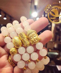 Lắc tay Bạch ngọc 10li tròn phối charm vàng 24K RIOGEMs đẹp, sang trọng và giàu ý nghĩa phong thủy