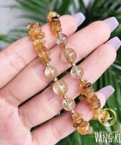 Lắc tay bi Thạch Anh Tóc Vàng phối bi vàng được chế tác từ những bàn tay chuyên nghiệp