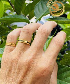 Cặp nhẫn vàng luồng 1 lông voi ngoài 2 rãnh đeo ngón áp út