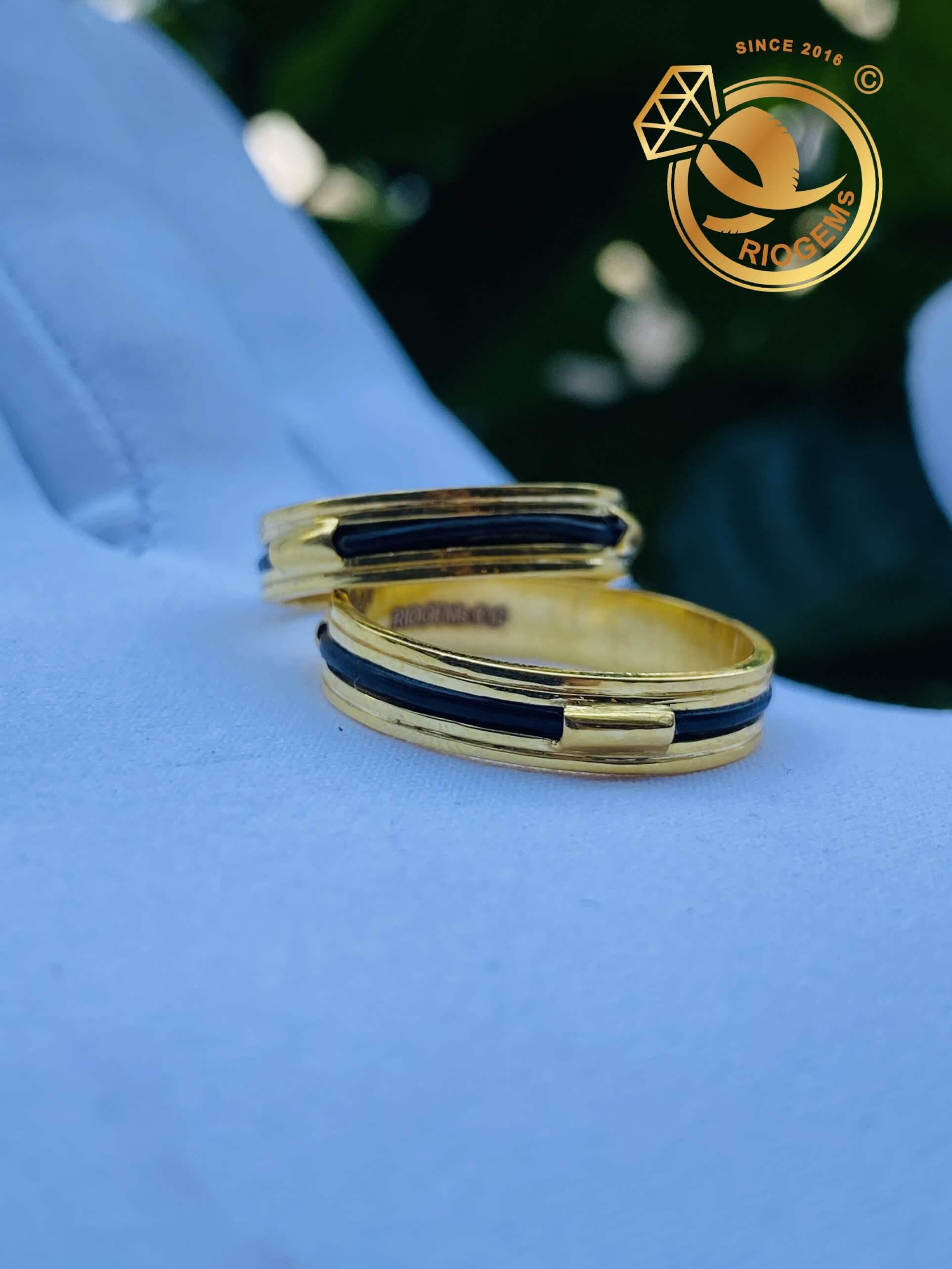 Cặp nhẫn vàng luồng 1 lông voi ngoài 2 rãnh thiết kế đơn giản