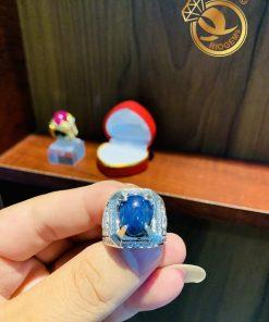 nhan-nam-vang-trang-dinh-sapphire-xanh-duong-hero-riogems