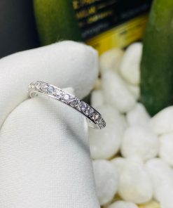 Nhẫn nữ vàng trắng đính KIM CƯƠNG Mỹ 4li ẩn chứa ý nghĩa đặc biệt