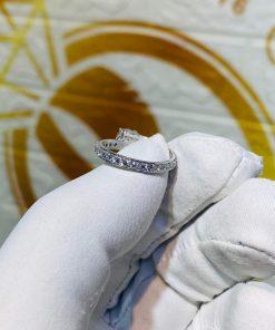 Nhẫn nữ vàng trắng đính KIM CƯƠNG Mỹ 4li quý giá