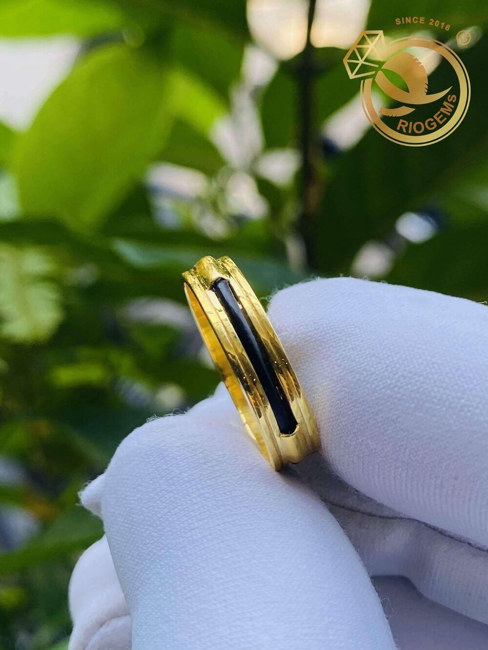 Nhẫn nữ vàng 18K luồng 1 lông ngoài 2 rãnh phù hợp các mệnh