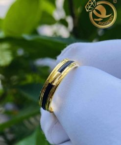 Nhẫn nữ vàng 18K luồng 1 lông ngoài 2 rãnh mang lại may mắn